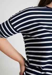 Persona by Marina Rinaldi - VASO - Print T-shirt - marine blue - 5
