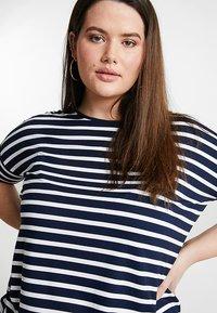 Persona by Marina Rinaldi - VASO - Print T-shirt - marine blue - 3