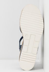 Pons Quintana - Platform sandals - azulon - 6