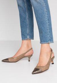 Pons Quintana - Classic heels - alba/alga - 0