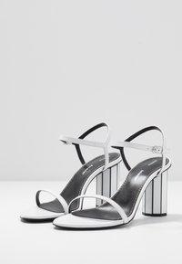 Proenza Schouler - High heeled sandals - real optic white/tacco black/white - 4