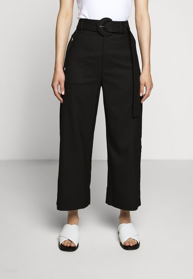 BELTED CARGO PANT - Pantaloni cargo - black