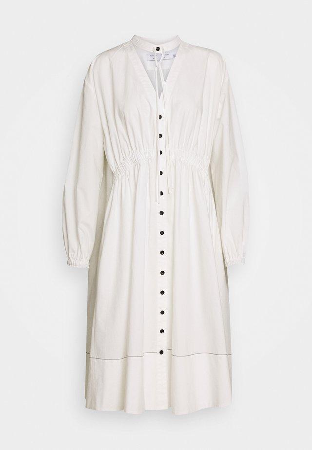 SHIRTING DRESS - Skjortklänning - off white