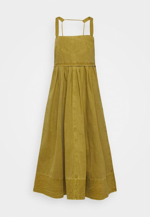 WASHED APRON DRESS - Vardagsklänning - moss