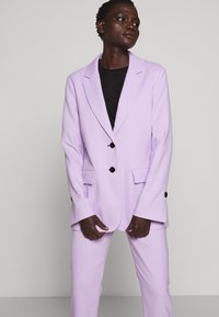 Proenza Schouler - SUITING UNCONSTRUCTED - Manteau court - lilac - 5