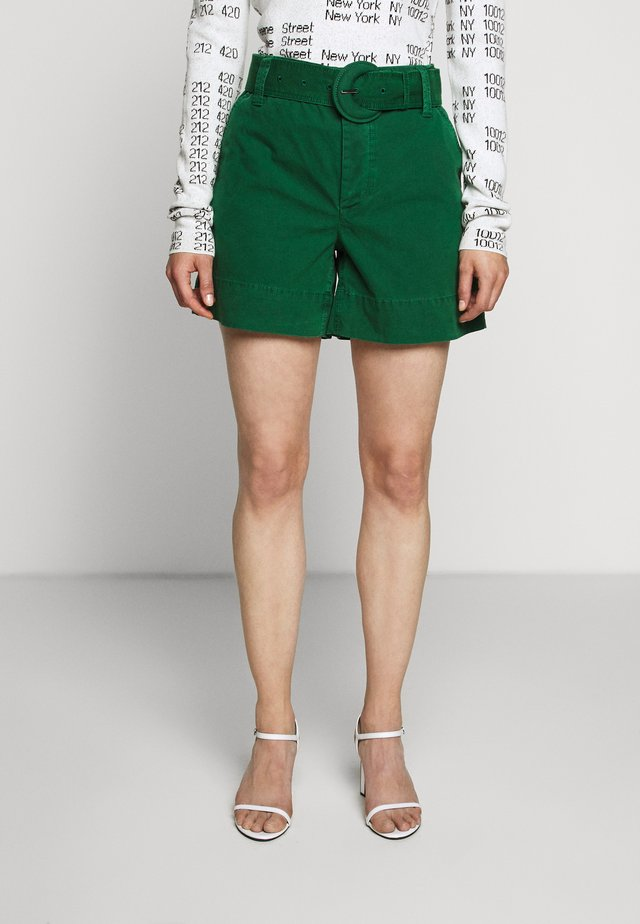 WASHED BELTED - Shorts - spring green