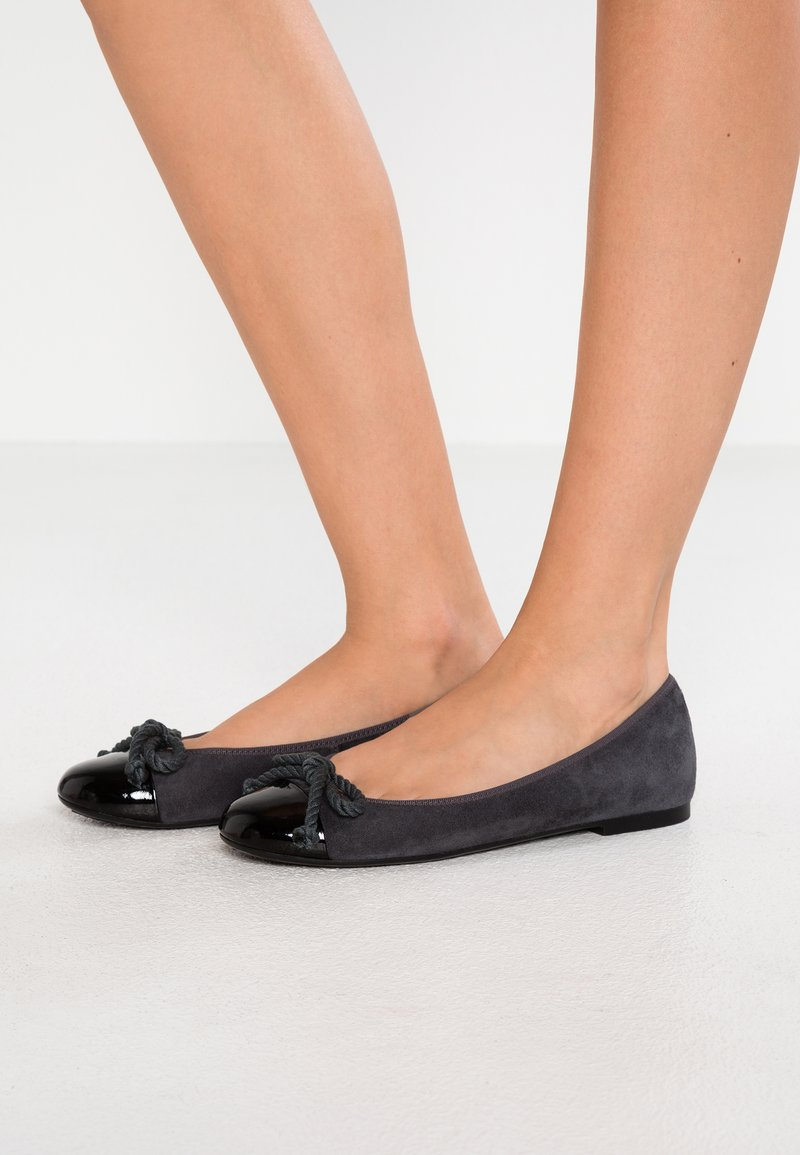 Pretty Ballerinas - Ballet pumps - grey