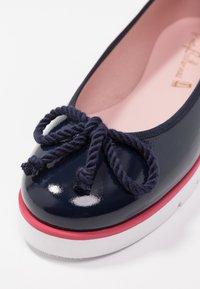 Pretty Ballerinas - ANGELIS - Baleríny - ipnotic azul - 2