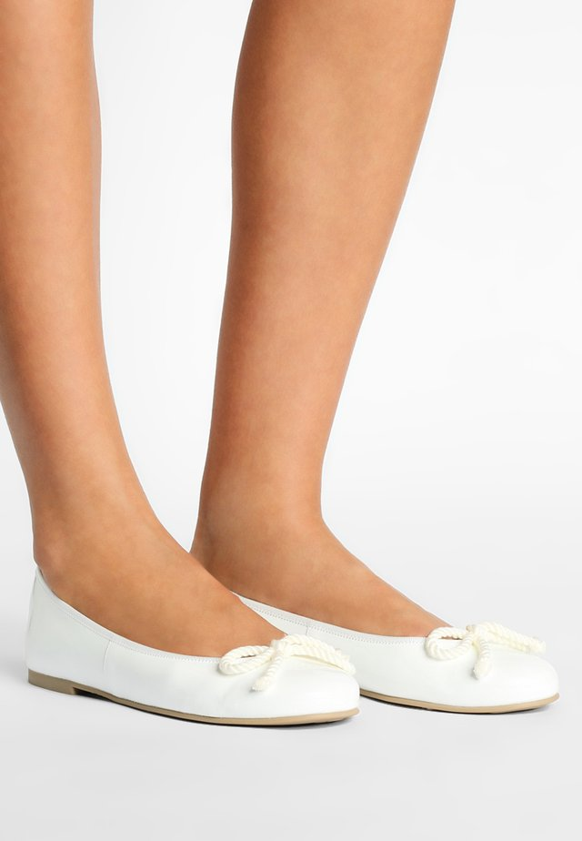 SHADE - Ballet pumps - blanco