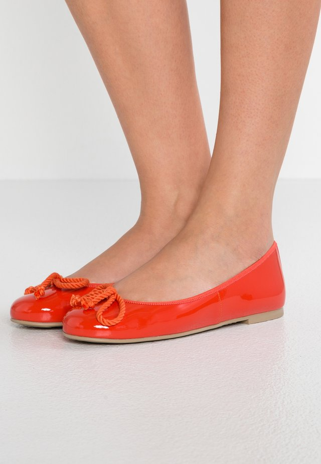 SHADE - Ballet pumps - papaya