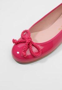 Pretty Ballerinas - SHADE - Ballerinasko - peony - 6