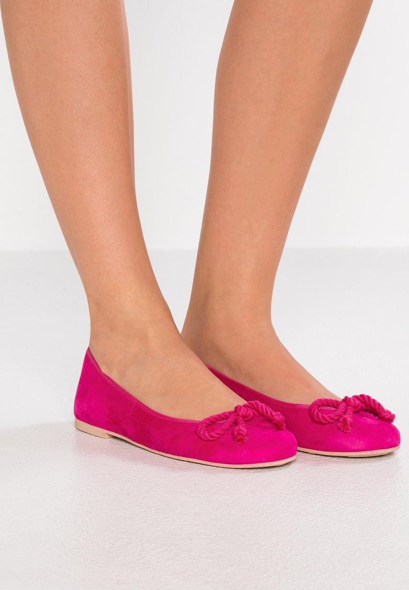Pretty Ballerinas - ANGELIS - Ballet pumps - fuxia