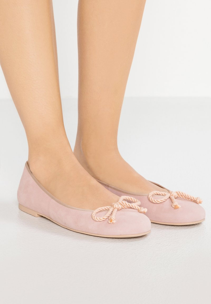 Pretty Ballerinas - ANGELIS - Ballet pumps - peach/coco