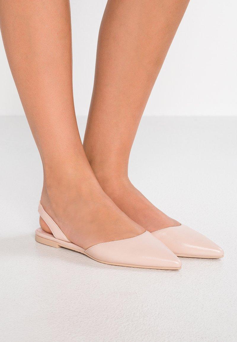 Pretty Ballerinas - Baleríny s otevřenou patou - rosato/coco