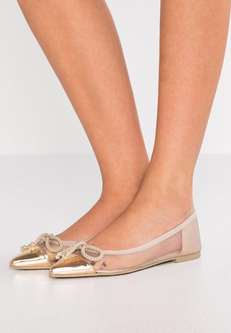 Pretty Ballerinas - Ballet pumps - espequio oro/red panna