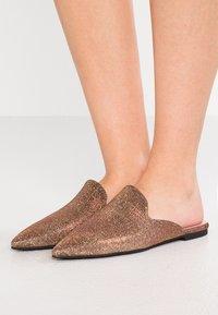Pretty Ballerinas - GALASSIA - Mules - bronze - 0