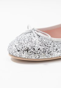 Pretty Ballerinas - Ballerina - univers silver - 2