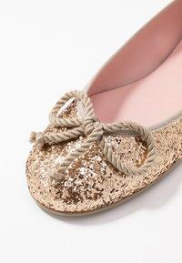 Pretty Ballerinas - KYLIE - Ballet pumps - greco/micanas/avorio - 2
