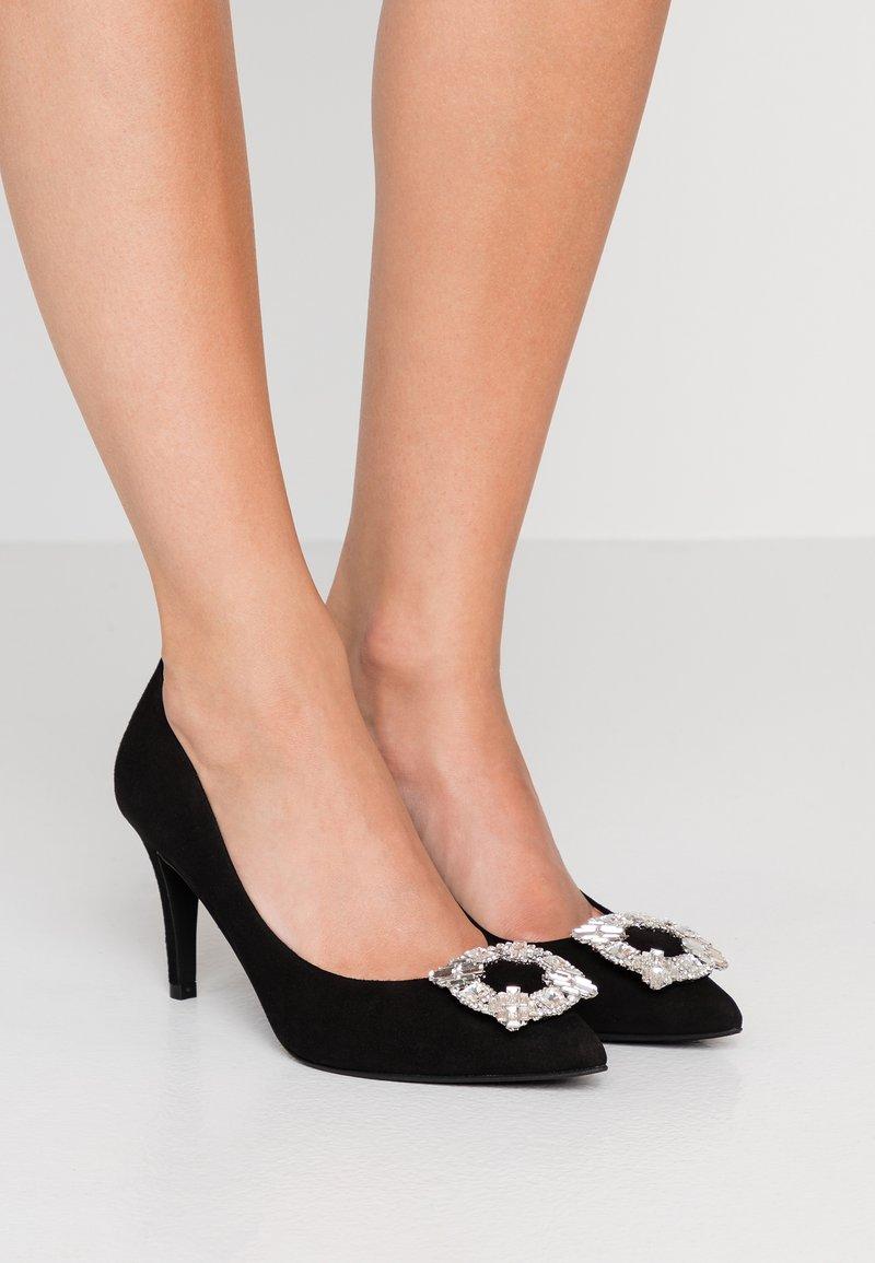 Pretty Ballerinas - ANGELIS - Pumps - black