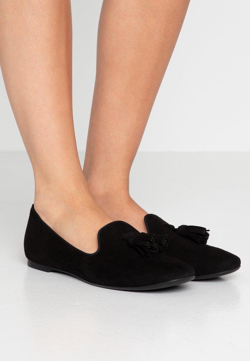 Pretty Ballerinas - ANGELIS - Nazouvací boty - black