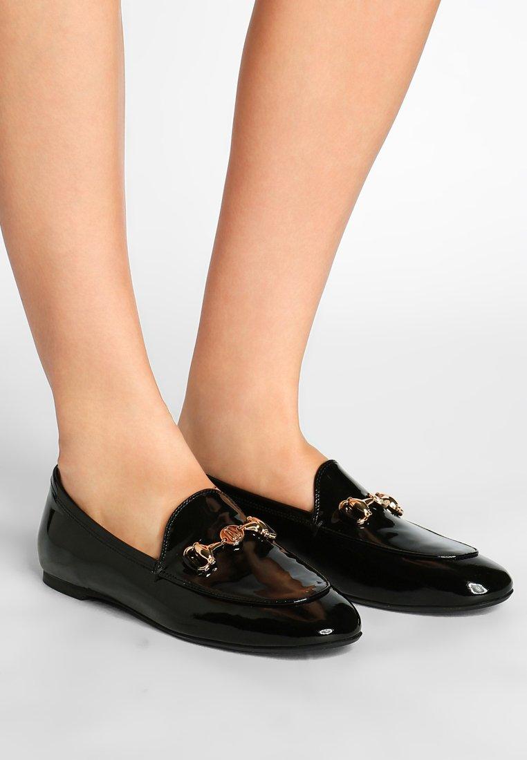 Pretty Ballerinas - SHADE  - Nazouvací boty - black