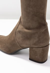 Pretty Ballerinas - Over-the-knee boots - olive - 2