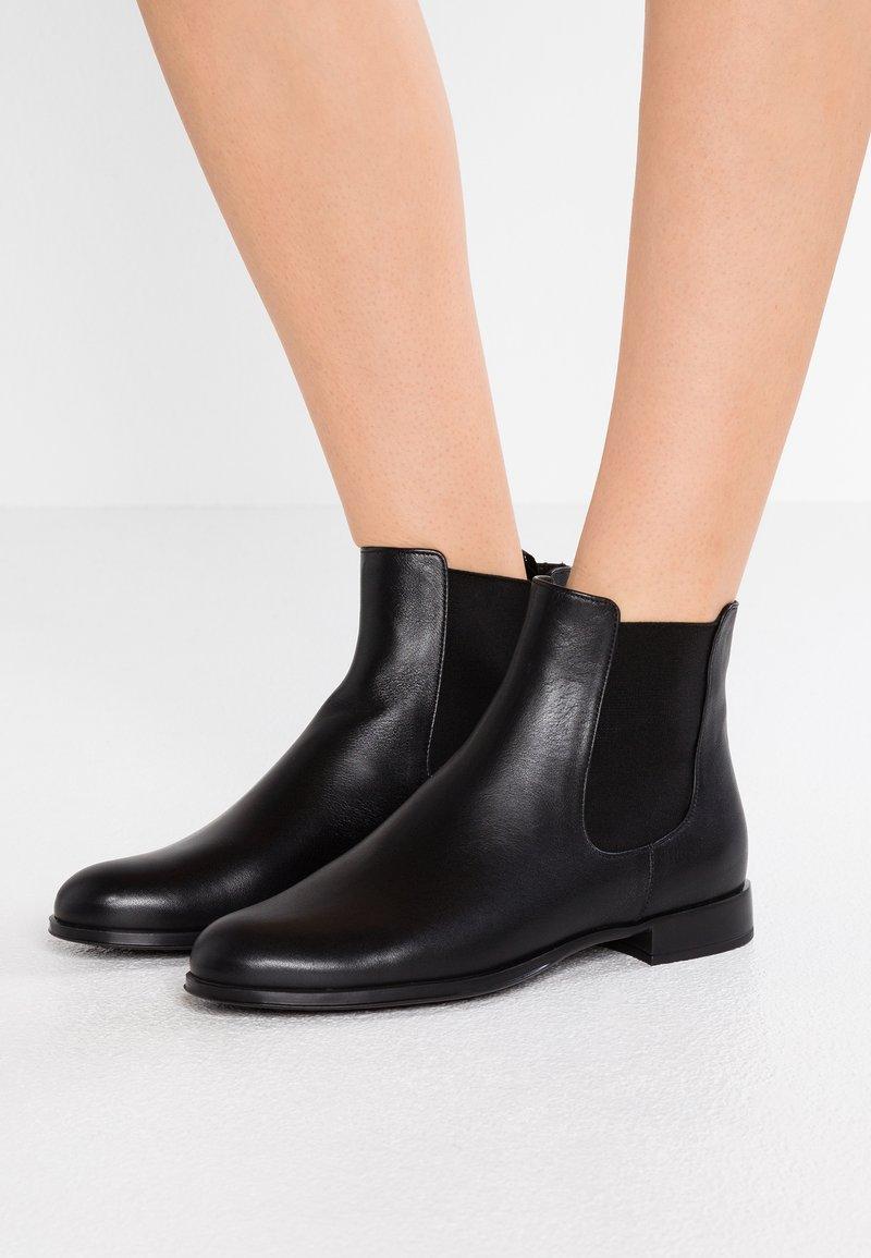 Pretty Ballerinas - Classic ankle boots - black