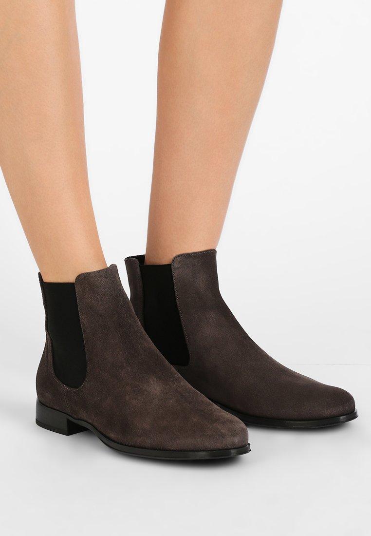 Pretty Ballerinas - CROSTINA - Ankle boots - dark grey