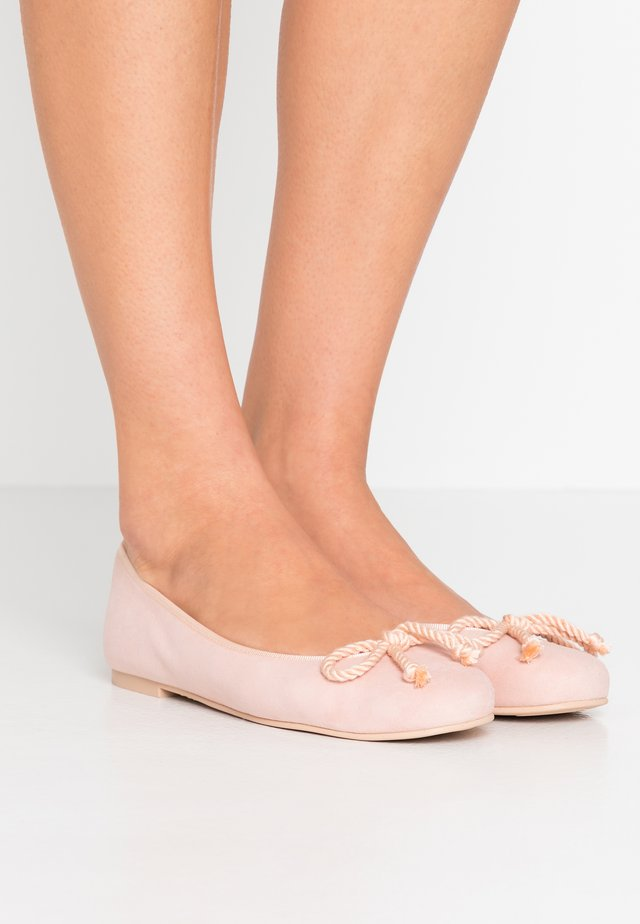 ANGELIS - Ballerinaskor - irena/coco