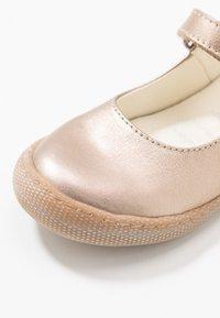 Primigi - Ankle strap ballet pumps - taupe - 2
