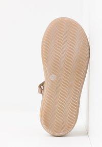 Primigi - Ankle strap ballet pumps - taupe - 5