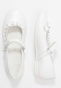 Primigi - Ballerina's met enkelbandjes - bianco - 0