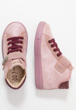 Sneakersy wysokie - phard