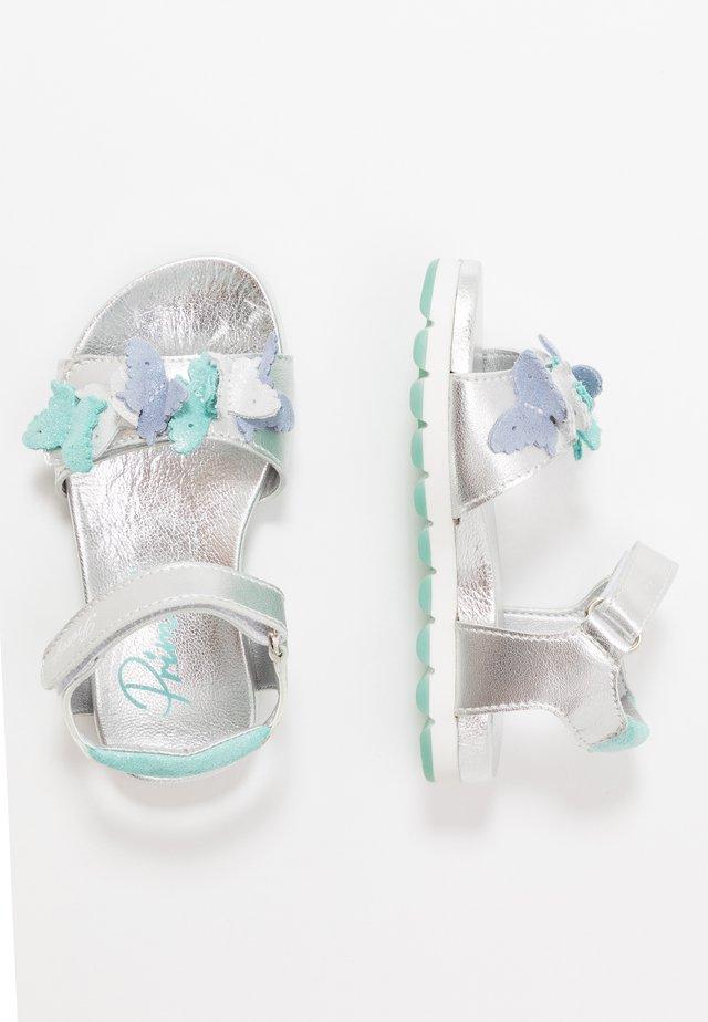 POP - Sandaalit nilkkaremmillä - argento