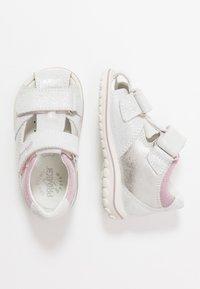 Primigi - Lær-at-gå-sko - argento - 0