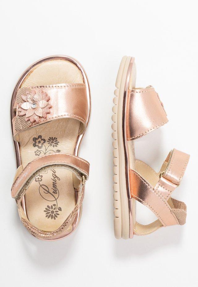 Sandaalit nilkkaremmillä - rame