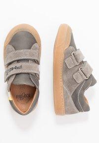 Primigi - Sneakers laag - grig/antracite/perla - 0