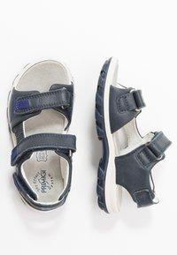 Primigi - Chodecké sandály - blu - 0