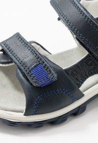 Primigi - Chodecké sandály - blu - 2