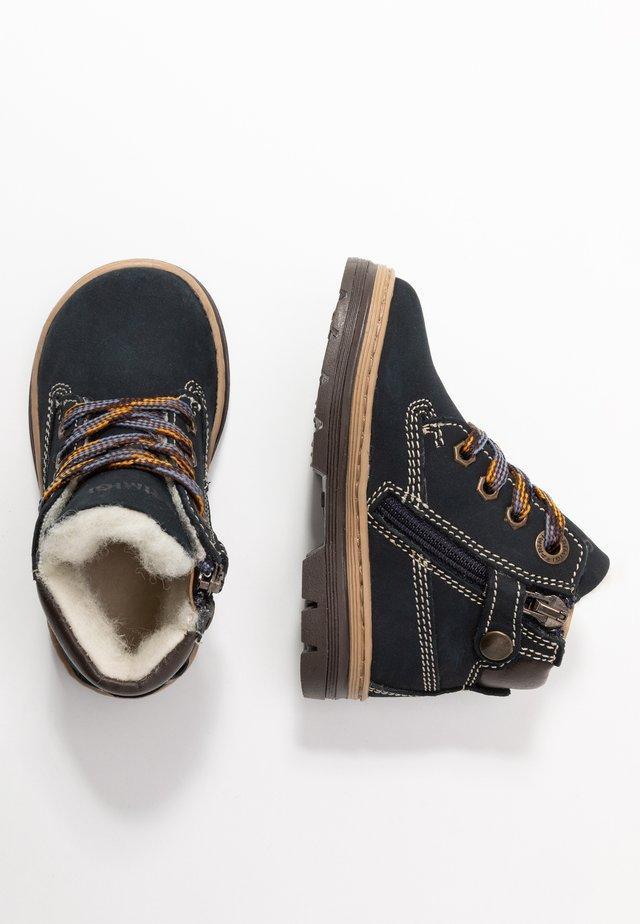 Šněrovací kotníkové boty - blue scuro