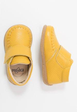 Baby shoes - giallo