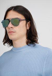 Prada Linea Rossa - Solglasögon - blue/green mirror - 1
