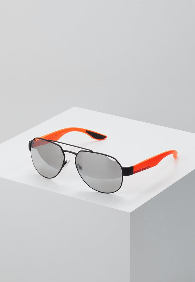 Sunglasses - black rubber