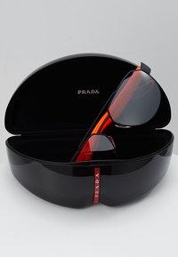 Prada Linea Rossa - Solbriller - black rubber - 2