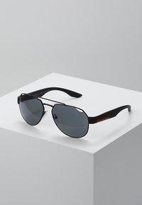 Prada Linea Rossa - Sluneční brýle - black - 0