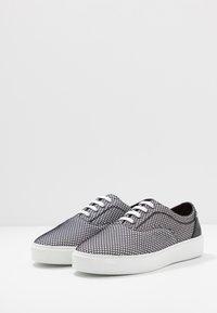 Pregis - WING - Sneakers - grey - 2