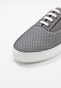 Pregis - WING - Sneakers - grey - 5