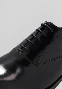 Primosole - GORDON 5 EYE OXFORD - Smart lace-ups - master nero - 5