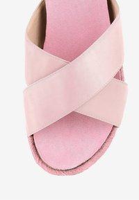PRIMA MODA - PALMIRRA - Platform sandals - pink - 4