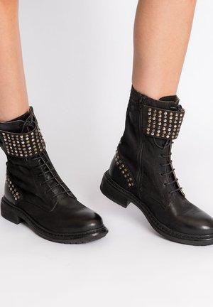DEGGIANO - Cowboy/biker ankle boot - black